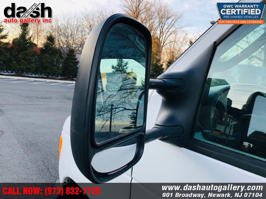 "Used Ford Econoline Commercial Cutaway E-350 Super Duty 176"" WB DRW 2006 | Dash Auto Gallery Inc.. Newark, New Jersey"