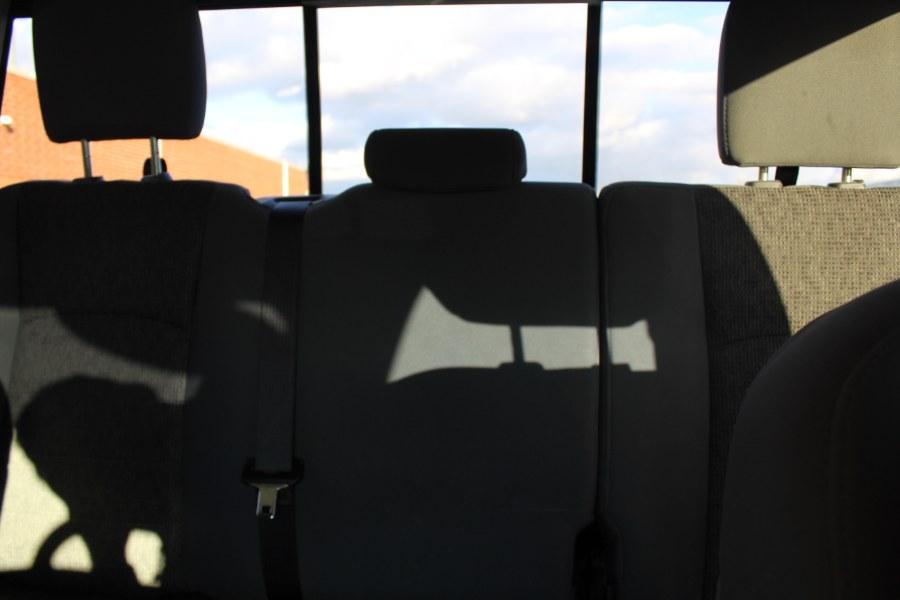 2017 Ram 1500 SLT 4x4 Quad Cab 6''4
