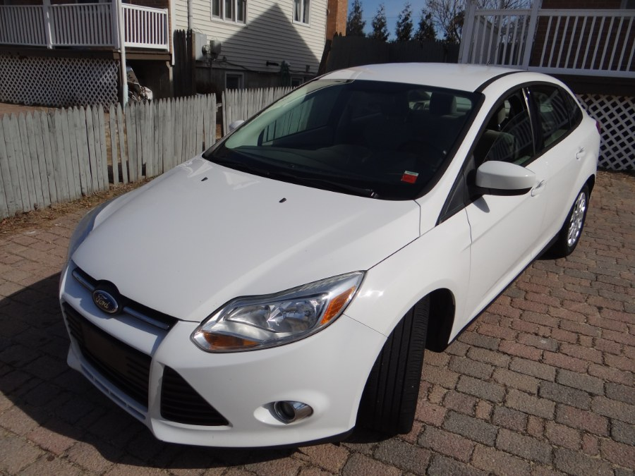 Used Ford Focus 4dr Sdn SE 2012 | SGM Auto Sales. West Babylon, New York