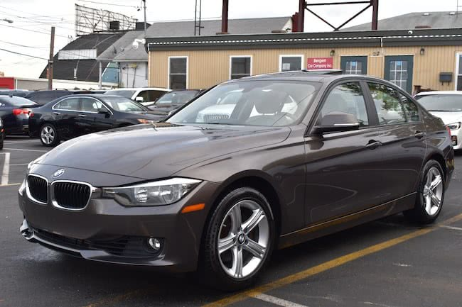 Used BMW 3 Series 4dr Sdn 328i RWD 2013 | Bergen Car Company Inc. Lodi, New Jersey