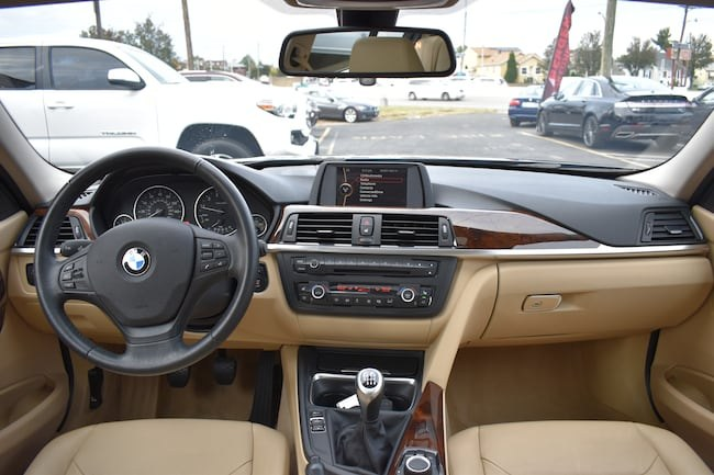 2013 BMW 3 Series 4dr Sdn 328i RWD, available for sale in Lodi, New Jersey | Bergen Car Company Inc. Lodi, New Jersey