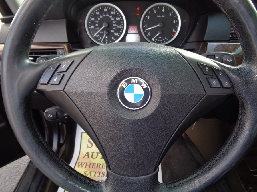 2007 BMW 5 Series 4dr Sdn 530i RWD, available for sale in Rosedale, New York   Sunrise Auto Sales. Rosedale, New York