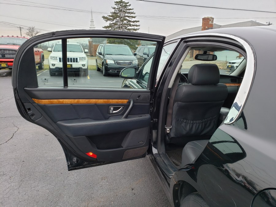 2005 Kia Amanti 4dr Sdn Auto, available for sale in West Chester, Ohio | Decent Ride.com. West Chester, Ohio