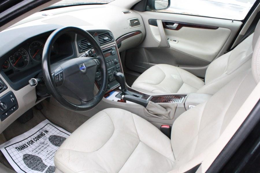 2007 Volvo S60 4dr Sdn 2.5L Turbo AT FWD, available for sale in Thomaston, Connecticut   Letaj Motors LLC. Thomaston, Connecticut