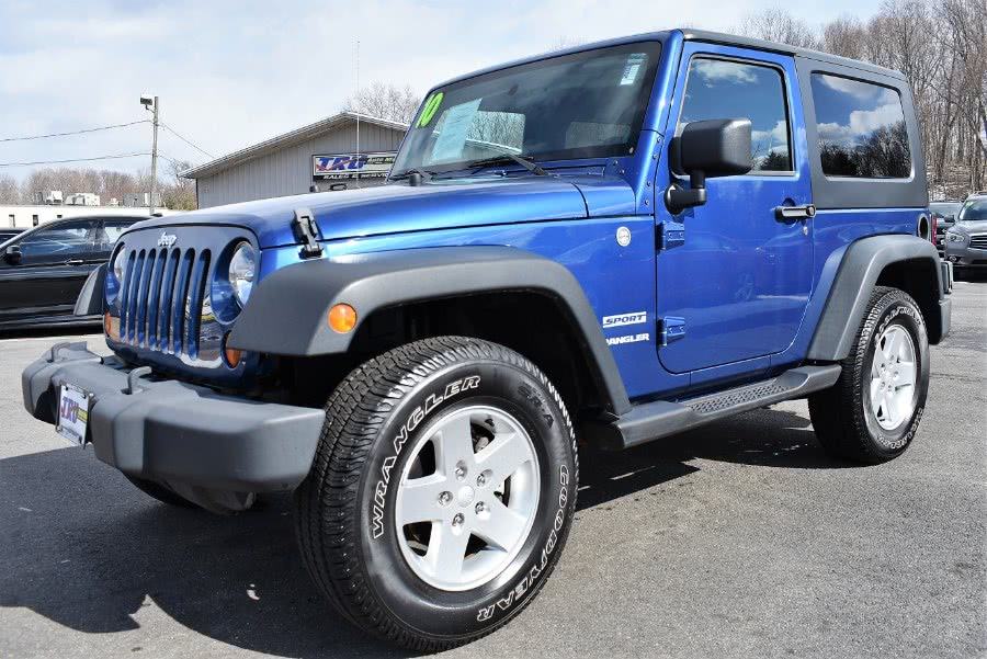 2010 Jeep Wrangler 4WD 2dr Sport, available for sale in Berlin, Connecticut | Tru Auto Mall. Berlin, Connecticut