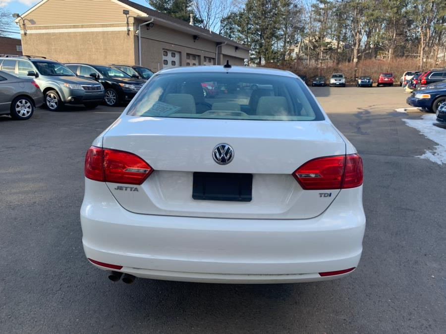 2013 Volkswagen Jetta Sedan 4dr DSG TDI, available for sale in Cheshire, Connecticut | Automotive Edge. Cheshire, Connecticut