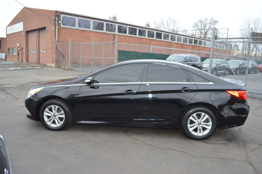 2014 Hyundai Sonata 4dr Sdn 2.4L Auto GLS, available for sale in Hartford, Connecticut | Locust Motors LLC. Hartford, Connecticut