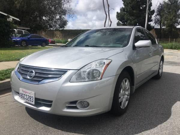 Used Nissan Altima 4dr Sdn I4 CVT 2.5 S 2011 | Carmir. Orange, California