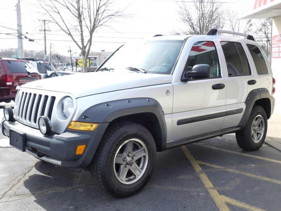 2005 Jeep Liberty 4dr Renegade 4WD, available for sale in Huntington Station, New York | My Auto Inc.. Huntington Station, New York