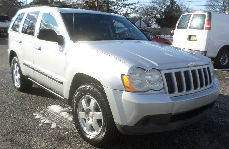 2008 Jeep Grand Cherokee 4WD 4dr Laredo, available for sale in Patchogue, New York   Romaxx Truxx. Patchogue, New York