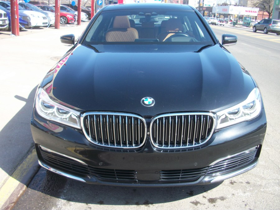 2016 BMW 7 Series 4dr Sdn 750i xDrive AWD, available for sale in Jamaica, New York | Gateway Car Dealer Inc. Jamaica, New York