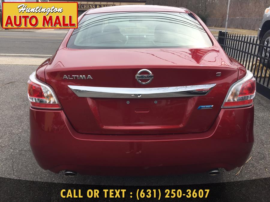 2013 Nissan Altima 4dr Sdn I4 2.5 S, available for sale in Huntington Station, New York | Huntington Auto Mall. Huntington Station, New York