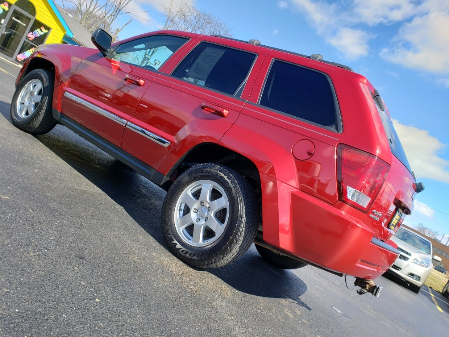 2010 Jeep Grand Cherokee 4WD 4dr Laredo, available for sale in West Chester, Ohio | Decent Ride.com. West Chester, Ohio