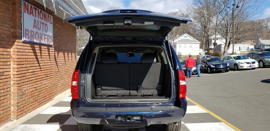 2008 Chevrolet Tahoe 4WD 4dr LTZ, available for sale in Waterbury, Connecticut | National Auto Brokers, Inc.. Waterbury, Connecticut