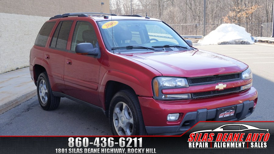 2005 Chevrolet TrailBlazer 4dr 4WD LT, available for sale in Rocky Hill , Connecticut | Silas Deane Auto LLC. Rocky Hill , Connecticut