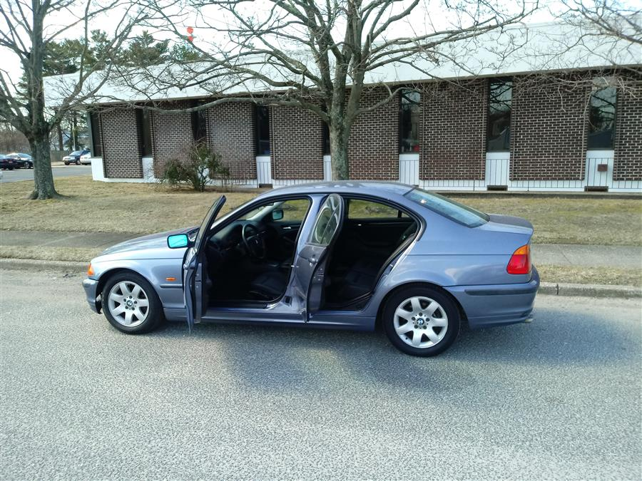 Used BMW 3 Series 325i 4dr Sdn 2001 | Roe Motors Ltd. Shirley, New York