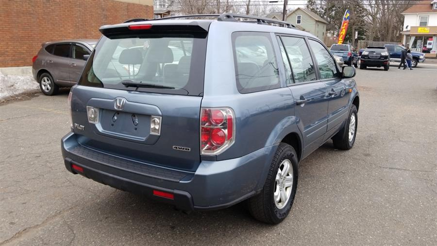 2006 Honda Pilot 4WD LX AT, available for sale in Manchester, Connecticut | Best Auto Sales LLC. Manchester, Connecticut