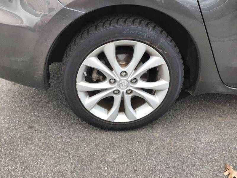 2010 Mazda Mazda3 s Grand Touring 4dr Sedan 6M, available for sale in South Windsor , Connecticut | Ful-line Auto LLC. South Windsor , Connecticut