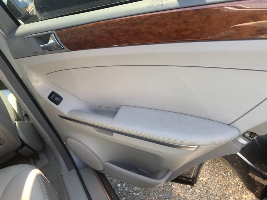 Used Mercedes-Benz M-Class 4MATIC 4dr 3.5L 2006 | Atlantic Used Car Sales. Brooklyn, New York