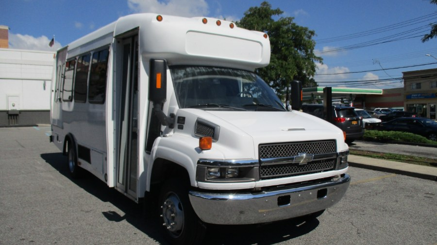 2009 Chevrolet 4500 C4500, available for sale in Bronx, New York | TNT Auto Sales USA inc. Bronx, New York
