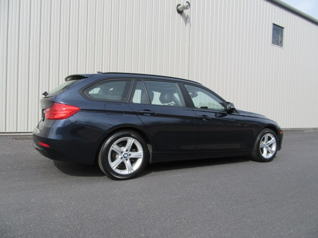 2014 BMW 3 Series 4dr Sports Wgn 328i xDrive AWD, available for sale in Danbury, Connecticut | Performance Imports. Danbury, Connecticut