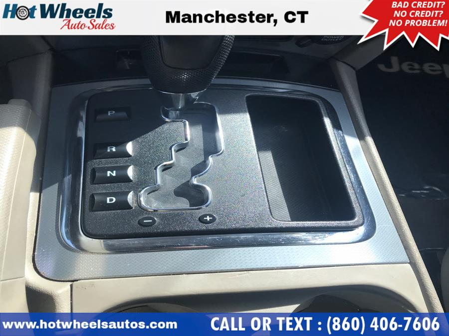 2006 Jeep Grand Cherokee 4dr Laredo 4WD, available for sale in Manchester, Connecticut | Hot Wheels Auto Sales LLC. Manchester, Connecticut