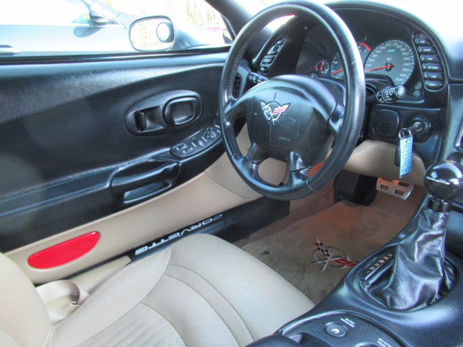 2004 Chevrolet Corvette 2dr Cpe, available for sale in South Windsor, Connecticut | Mike And Tony Auto Sales, Inc. South Windsor, Connecticut