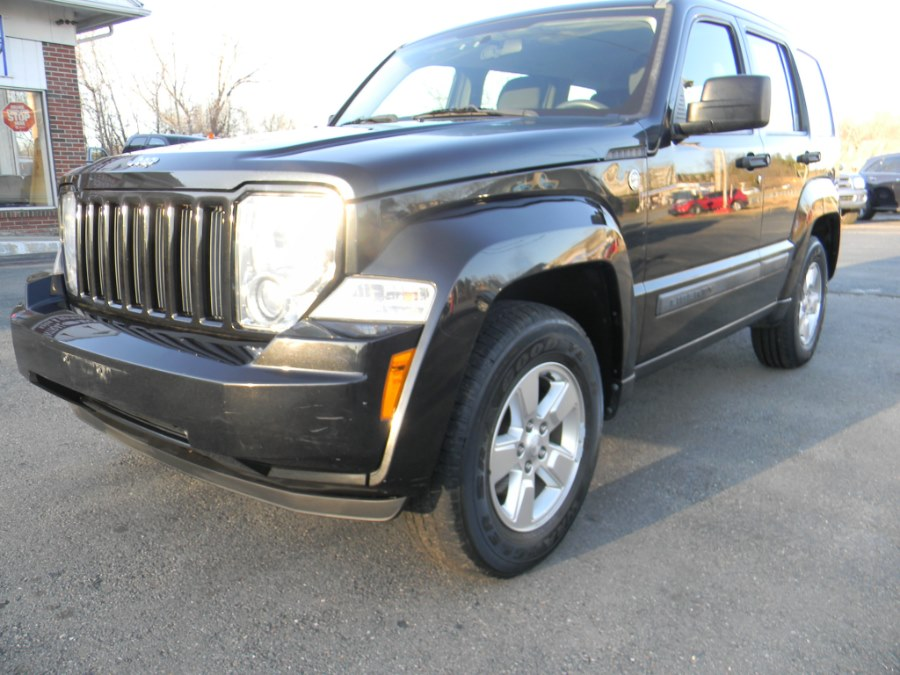 2012 Jeep Liberty 4WD 4dr Sport, available for sale in Southborough, Massachusetts | M&M Vehicles Inc dba Central Motors. Southborough, Massachusetts