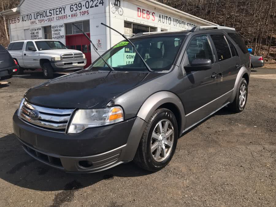 Used 2008 Ford Taurus X in Meriden, Connecticut | Debs Auto Upholstery. Meriden, Connecticut