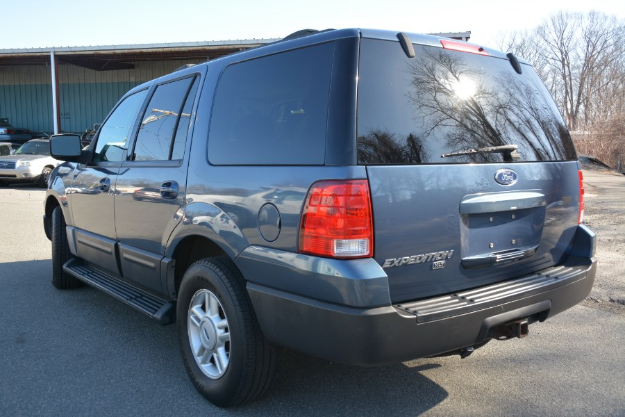 Used Ford Expedition 4.6L XLT 2004 | New Beginning Auto Service Inc . Ashland , Massachusetts