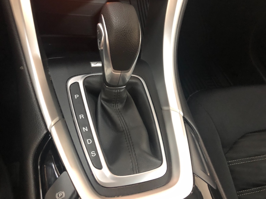 2016 Ford Fusion 4dr Sdn SE FWD, available for sale in Lodi, New Jersey | European Auto Expo. Lodi, New Jersey