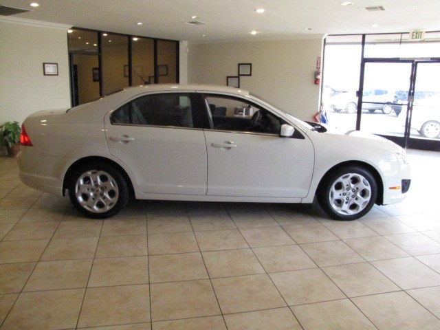 2010 Ford Fusion 4dr Sdn SE FWD, available for sale in Placentia, California | Auto Network Group Inc. Placentia, California