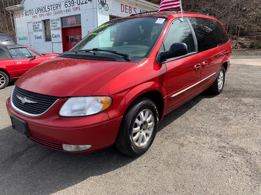 Used 2003 Chrysler Town & Country in Meriden, Connecticut | Debs Auto Upholstery. Meriden, Connecticut