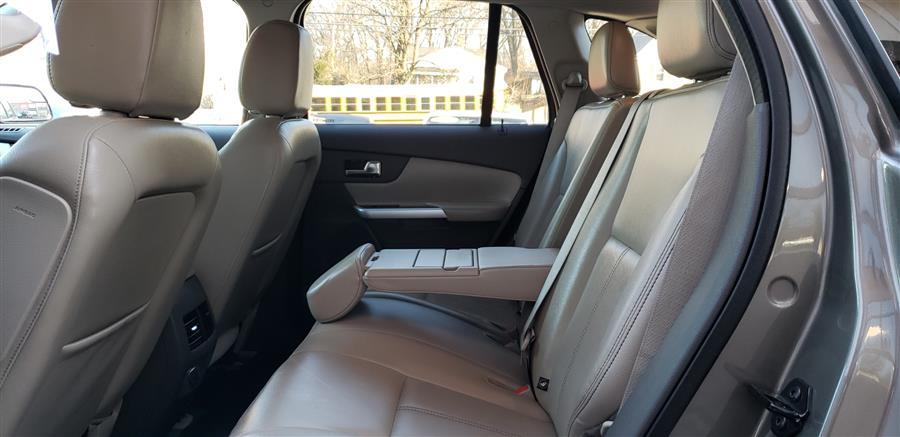 Used Ford Edge 4dr Limited AWD 2013 | National Auto Brokers, Inc.. Waterbury, Connecticut