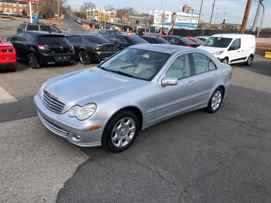 2006 Mercedes-Benz C-Class 4dr Luxury Sdn 3.0L, available for sale in W Springfield, Massachusetts | Dean Auto Sales. W Springfield, Massachusetts