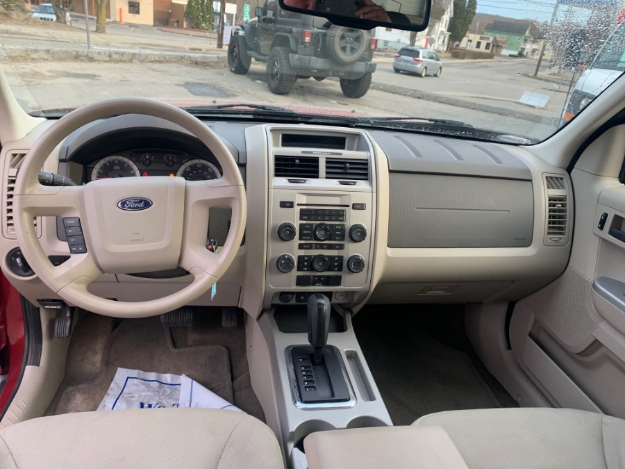 2008 Ford Escape 4WD 4dr V6 Auto XLT, available for sale in Hampton, Connecticut | VIP on 6 LLC. Hampton, Connecticut