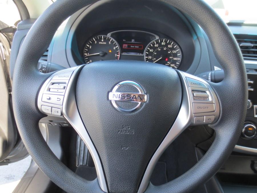2016 Nissan Altima 4dr Sdn I4 2.5 SR, available for sale in Santa Ana, California | Auto Max Of Santa Ana. Santa Ana, California