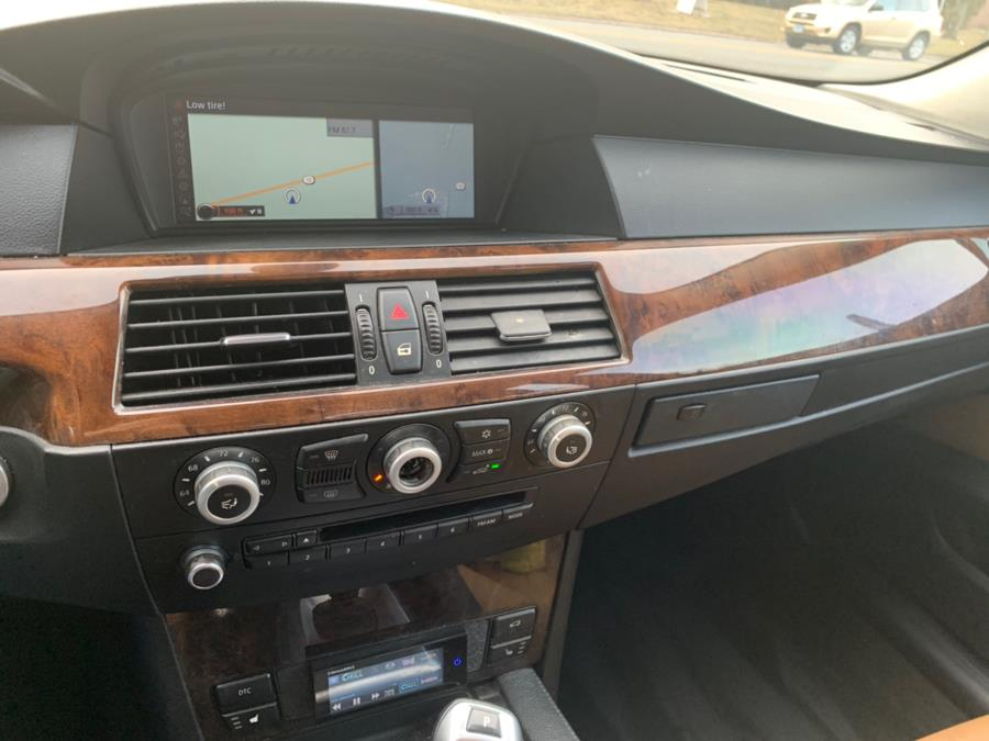 2010 BMW 5 Series 4dr Sdn 528i xDrive AWD, available for sale in Cheshire, Connecticut | Automotive Edge. Cheshire, Connecticut