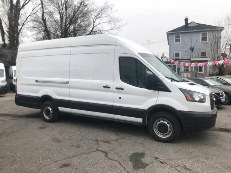 "Used Ford Transit Van T-250 148"" EL Hi Rf 9000 GVWR Sliding RH Dr 2018 | 52Motors Corp. Woodside, New York"