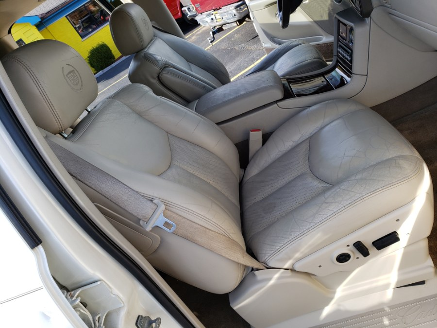 2005 Cadillac Escalade ESV 4dr AWD, available for sale in West Chester, Ohio | Decent Ride.com. West Chester, Ohio