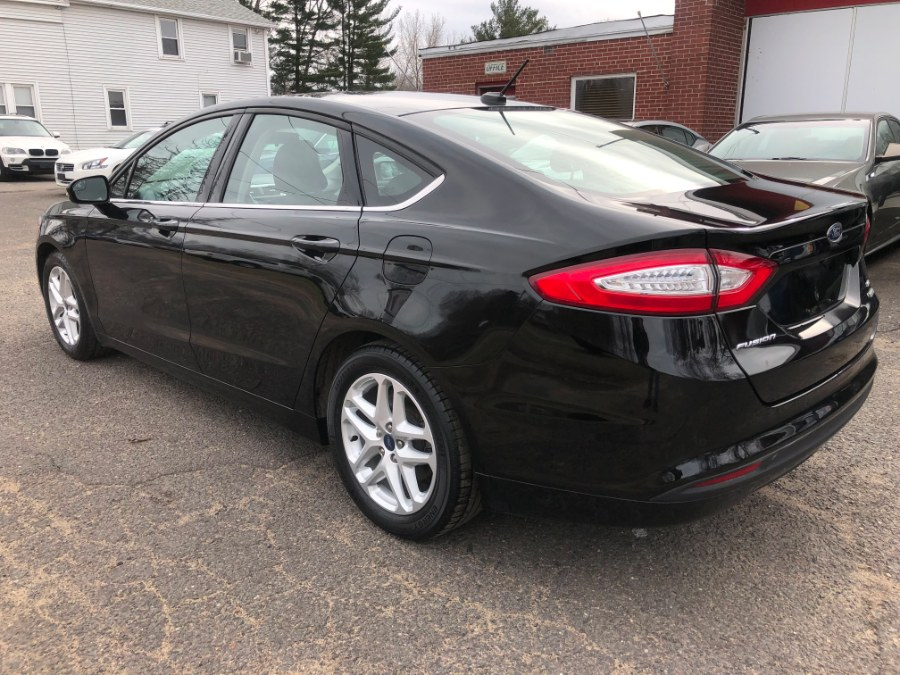 2016 Ford Fusion 4dr Sdn SE FWD, available for sale in East Windsor, Connecticut | Toro Auto. East Windsor, Connecticut