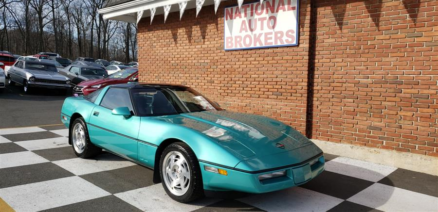 1990 Chevrolet Corvette 2dr Coupe Hatchback, available for sale in Waterbury, Connecticut | National Auto Brokers, Inc.. Waterbury, Connecticut