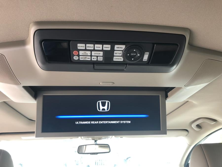 2013 Honda Odyssey 5dr Touring, available for sale in Lindenhurst, New York | Rite Cars, Inc. Lindenhurst, New York