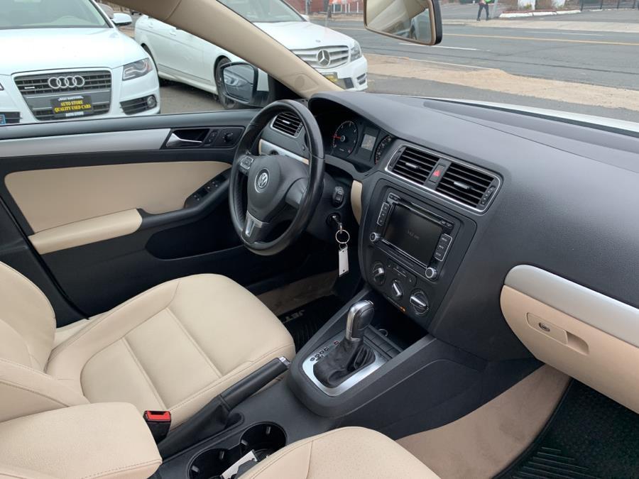 2011 Volkswagen Jetta Sedan 4dr DSG TDI, available for sale in West Hartford, Connecticut | Auto Store. West Hartford, Connecticut