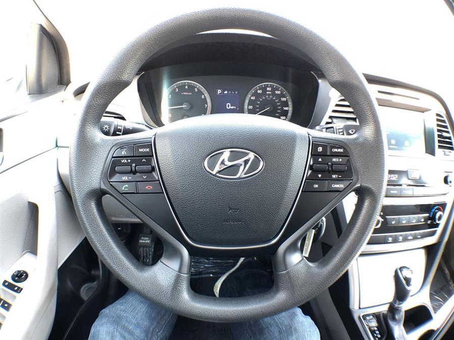 2016 Hyundai Sonata 4dr Sdn 2.4L SE, available for sale in Jamaica, New York   Hillside Auto Mall Inc.. Jamaica, New York