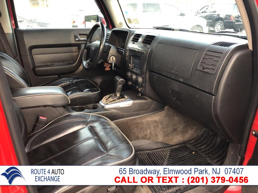 2006 HUMMER H3 4dr 4WD SUV, available for sale in Elmwood Park, New Jersey | Route 4 Auto Exchange. Elmwood Park, New Jersey