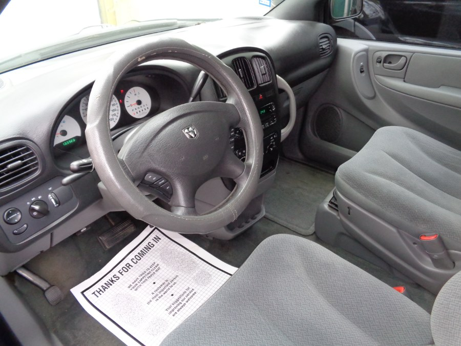 2005 Dodge Caravan 4dr Grand SE, available for sale in Rosedale, New York   Sunrise Auto Sales. Rosedale, New York