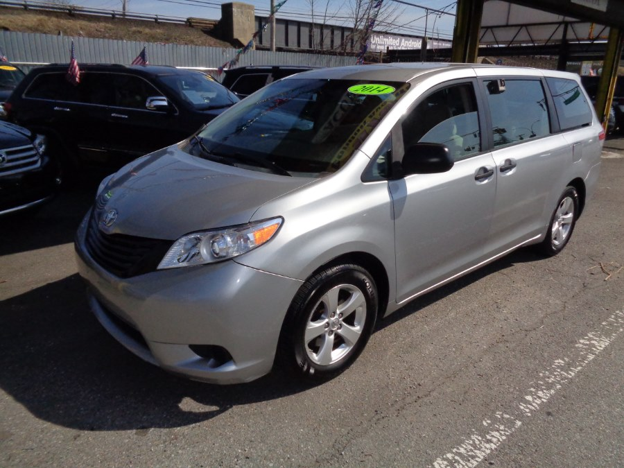 2014 Toyota Sienna 5dr 7-Pass Van V6 L FWD, available for sale in Rosedale, New York | Sunrise Auto Sales. Rosedale, New York