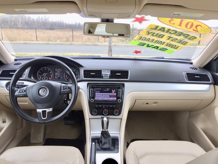 Used Volkswagen Passat 4dr Sdn 2.5L Auto SE PZEV 2013 | Sena Motors Inc. Revere, Massachusetts