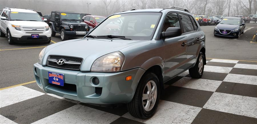 2008 Hyundai Tucson FWD 4dr  Man GLS, available for sale in Waterbury, Connecticut | National Auto Brokers, Inc.. Waterbury, Connecticut